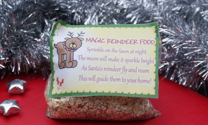 The 25 best magic reindeer food ideas on pinterest for Christmas eve food ideas uk