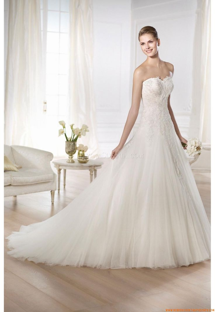 36 best wedding dress images on pinterest bridal shoes wedding robe de marie pronovias oma 2014 ombrellifo Gallery