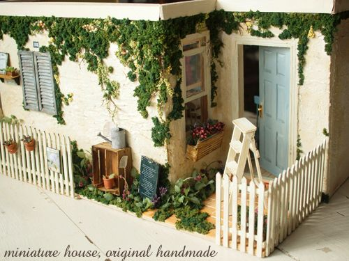 life ~ handmade furniture of natural color: miniture house * appearance