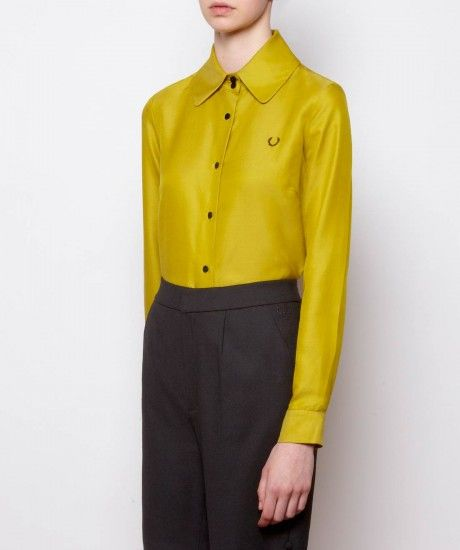 Tailored shirt with a high double button collar cut with a rounded edge. Crafted in a cotton and silk blend fabric for depth of colour and a slight sheen, this slim fit style features narrow cut sleeves with button adjust cuffs and a box pleat at the back