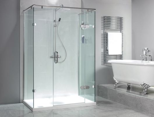 Sculptures Hinged Door & 3 Panels Shower Enclosure --- Our Sculptures Hinged Door with Inline Panel and Two Side Panels will turn your straight wall installation into a stunning statement piece. --- Available from Roman Ltd - British Made Luxury Shower Enclosures and Bath Screens. Images Copyright www.roman-showers.com