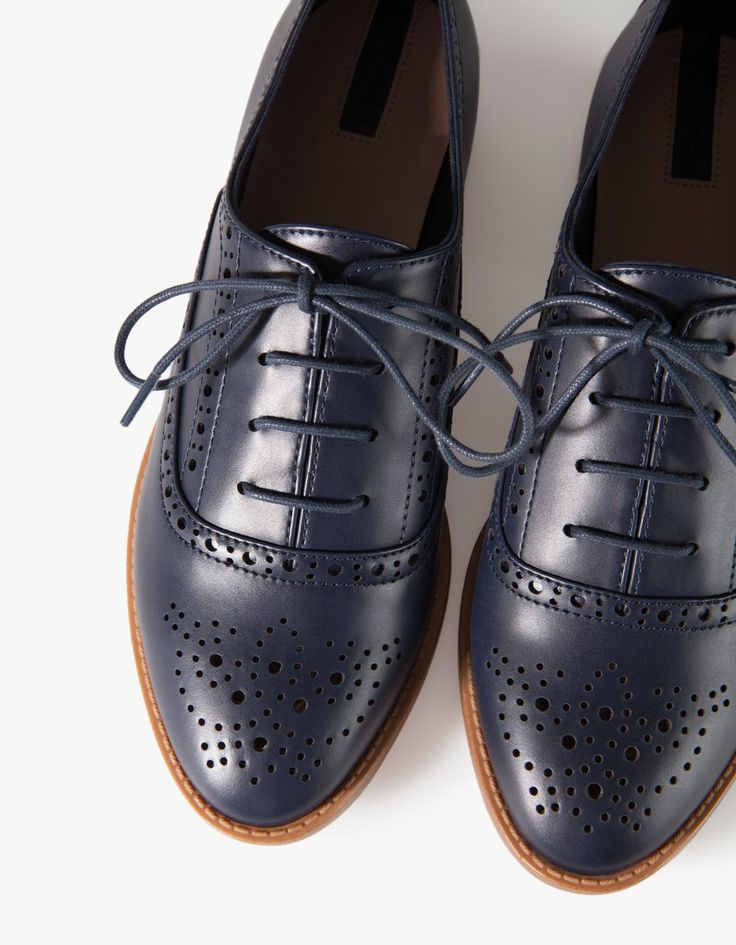 Stradivarius Punched brogues 500