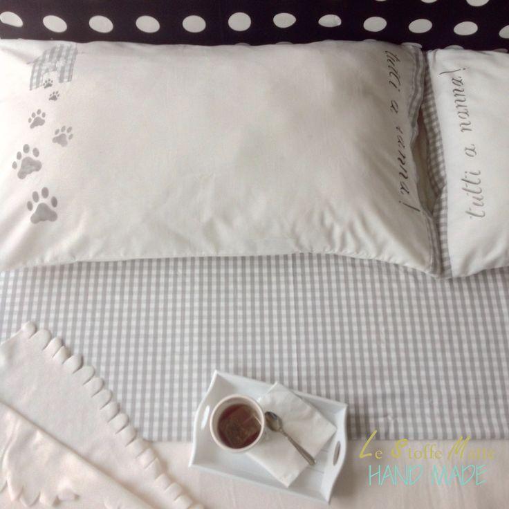 Coppia federe cuscino letto - Motivo impronte - 50x80cm -