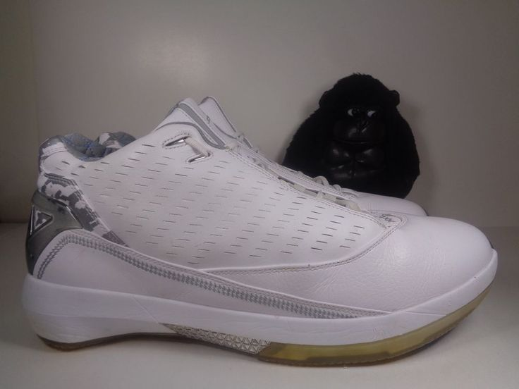 Mens Air Jordan White University Basketball shoes size 16 US