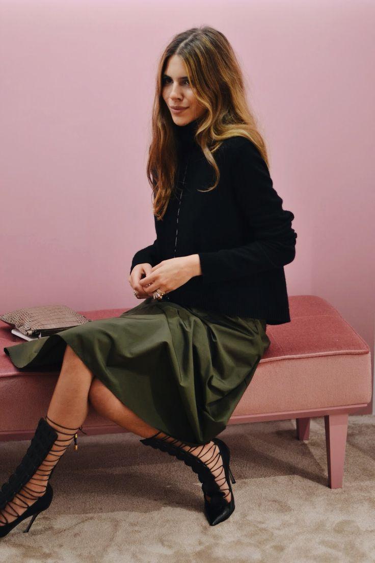 // love this green Hepburn inspired skirt