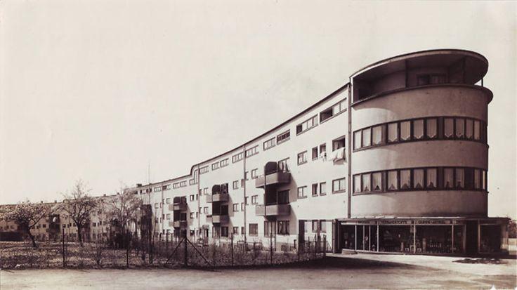 in der siedlung r merstadt in frankfurt konnte may seine reihenhaus ideen erstmals umsetzen der. Black Bedroom Furniture Sets. Home Design Ideas