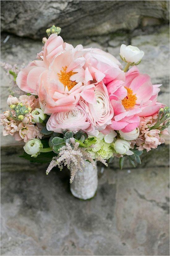 Букет невесты для свадьбы в розовом цвете
