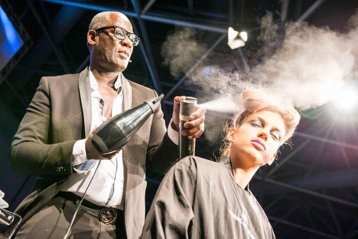 Errol Douglas' Show #showmoda #hairstyle