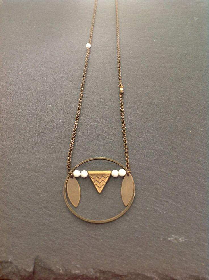 """Sautoir """"apache"""" bronze et perles de swarovski ivoire : Collier par sautoirs-and-co"""