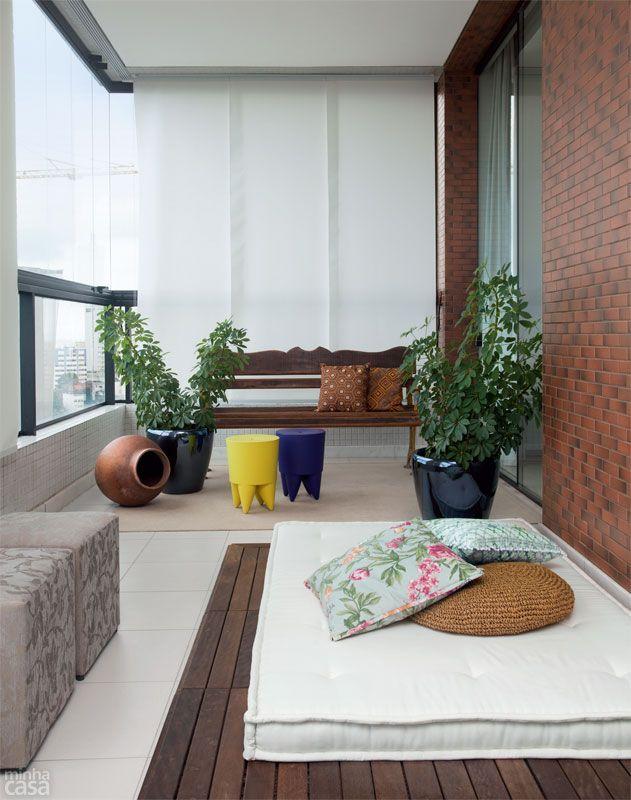 balcony & futon