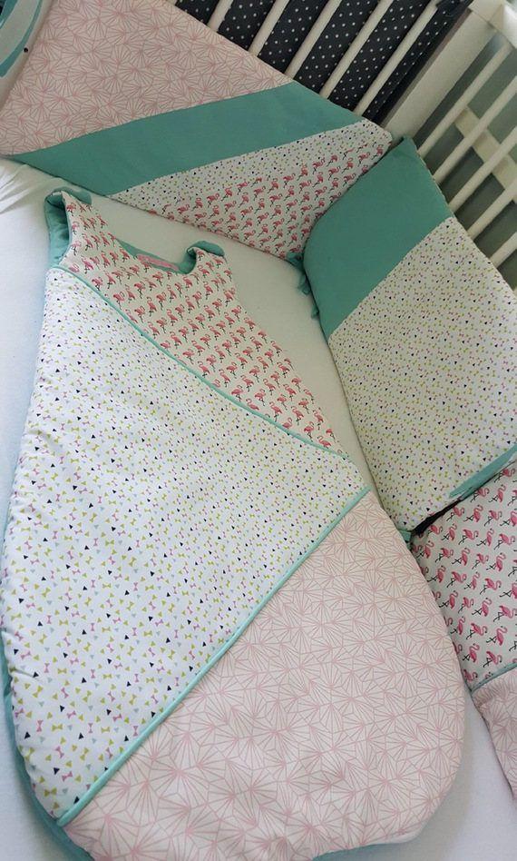 best 25 tour de lit ideas on pinterest cloud pillow felt mobile and baby bibs. Black Bedroom Furniture Sets. Home Design Ideas