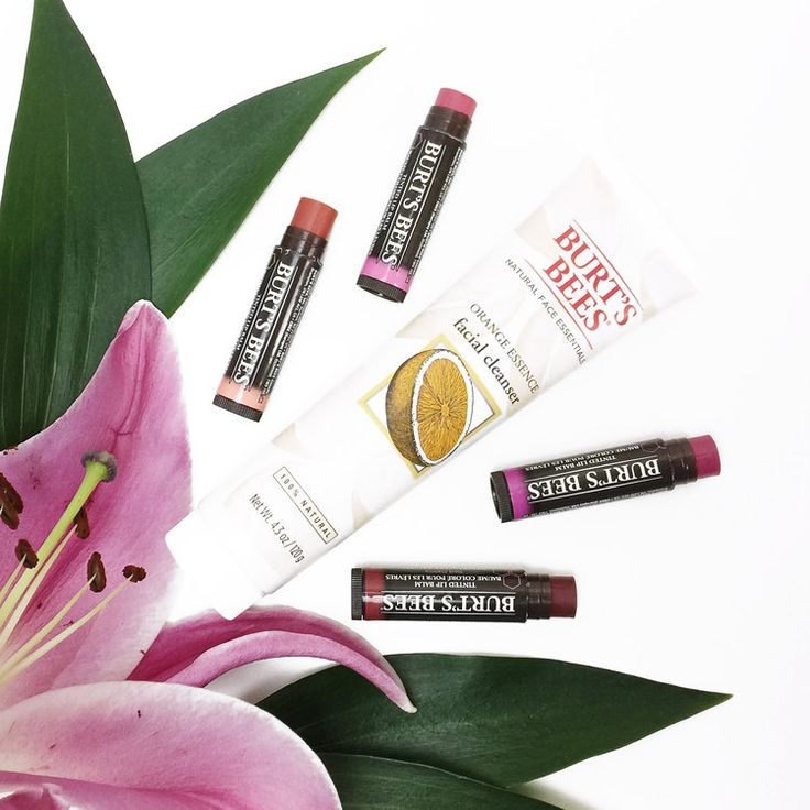 Marisa Robinson Beauty Blogger Natural and Organic Skincare.  Burts Bees.  From organic to vegan friendly, there are so many options available so in this post I am going to share my favourite natural and organic skincare and makeup brands and my must-have products you need to try!