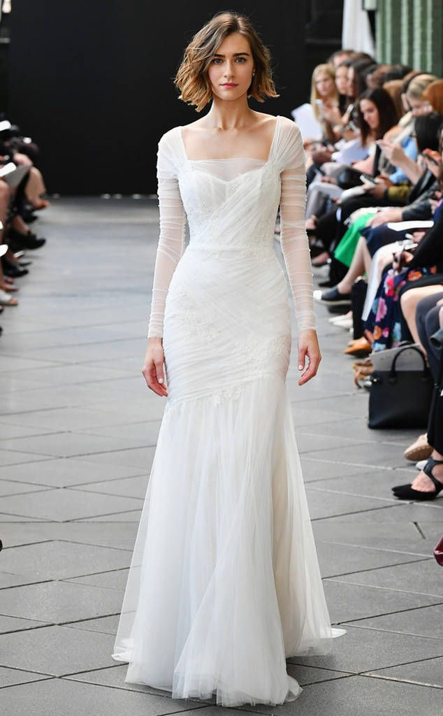 a35d1868902f BEST LOOKS FROM BRIDAL FASHION WEEK SPRING 2019 – Complaints Reviews  Shopdealman | Every Single Review is Important for Shopdealman