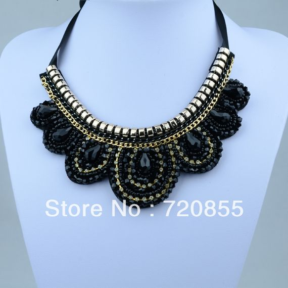 Crown Shape Collar Necklace Woman,Handmade Fashion Jewelry,With Chain and ABS Plastic Beads & Rhinestone,Length: Can adjustment