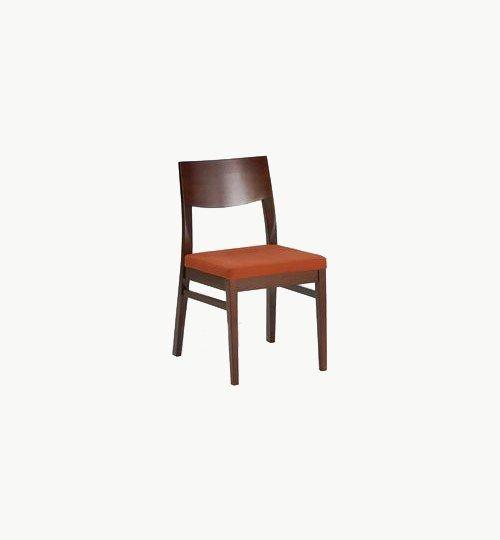 Trästol med stoppad sits, många tyger samt träbets att välja på. Ingår i en serie med karmstol och barstol. Vikt 5,2 kg. Säljs i 2pack (2st). Pris anges (1st). Levereras monterad.  Tyg Lido, 100 % polyester, brandklassad. Tyg Luxury, 100 % polyester, brandklassad. Konstläder Pisa, brandklassad, 88,5% PVC, 11,5% polyester.