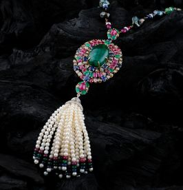 Are you searching for Jewellery manufacturers in India? Visit at BN Brothers! They manufacture and supply jewelary in India at affordable prices. Call at 11-23416039 for jewellary.