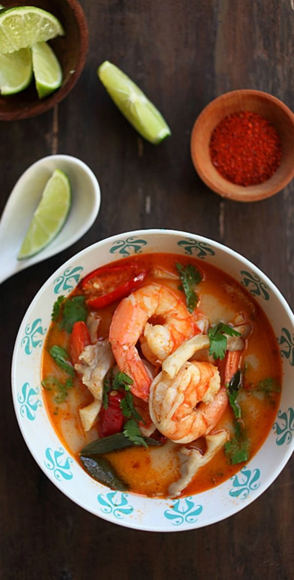 BEST, easy, and the most authentic Thai Tom Yum Soup that is SO MUCH better than your regular Thai restaurants | rasamalaysia.com