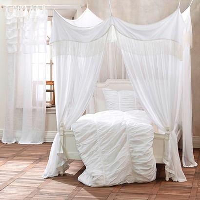 15 pins zu betthimmel die man gesehen haben muss betthimmel baldachin doppelfenstervorh nge. Black Bedroom Furniture Sets. Home Design Ideas