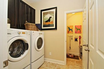 A laundry/ mud room is the perfect place to organize #dog supplies :: M/I Homes of Tampa: Trinity Preserve - Madison Genesis Model