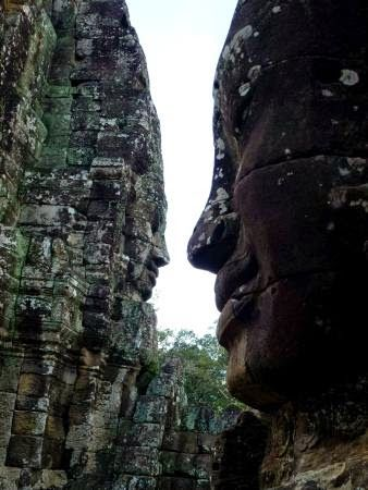 Bayon Temple | News Holiday Travel #Asia #BestDestination #SiemReap #HolidayPackage