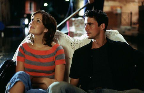 Still of Matthew Goode and Mandy Moore in Chasing Liberty