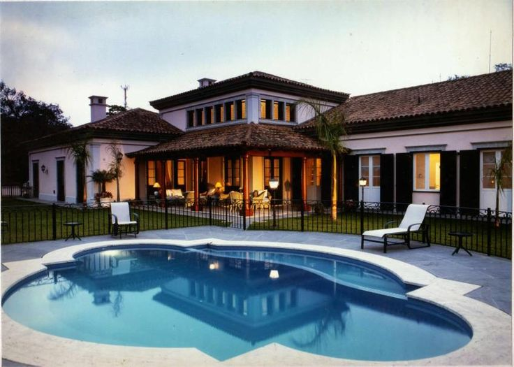 9 best images about casas on pinterest to be my house - Casas estilo colonial ...