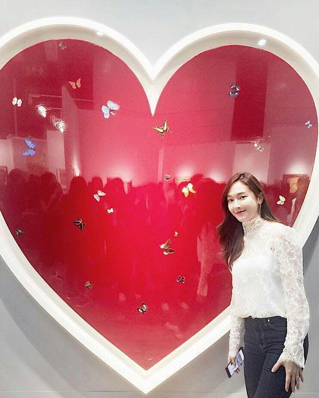 "2,422 lượt thích, 4 bình luận - GOLDEN STAR (@jessicajungsite) trên Instagram: ""(Cr. @hye_in_hongkong)"""