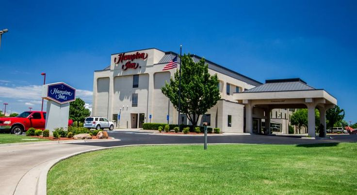 Hampton Inn Oklahoma City I-40 East / Tinker AFB Midwest City This hotel is located off Interstate 40 and 7 miles from downtown Oklahoma City. The hotel features an indoor pool and provides a microwave in every room.  Hampton Inn Oklahoma City I-40 East/ Tinker AFB rooms include a coffee maker and refrigerator.