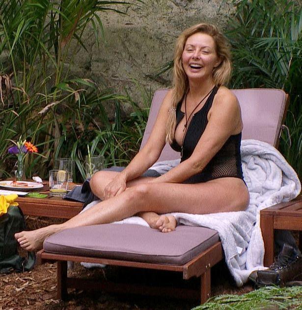Carol Vorderman to strip naked for sexy calendar
