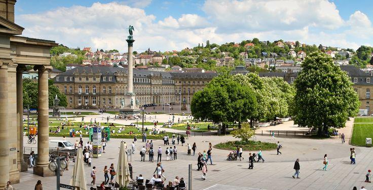 Stuttgart (Baden-Württemberg): Stuttgart ist die Hauptstadt des deutschen Landes Baden-Württemberg und mit knapp 600.000 Einwohnern dessen größte Stadt. Sie ist die sechstgrößte Stadt Deutschlands und bildet das Zentrum der rund 2,7 Millionen Einwohner zählenden Region Stuttgart. Zudem ist sie Kernstadt der siebtgrößten Agglomeration Deutschlands sowie der europäischen Metropolregion Stuttgart (etwa 5,3 Millionen Einwohner), der fünftgrößten in Deutschland. Stuttgart hat den Status eines…