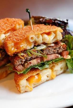 Mac Attack burger—the buns are fried macaroni & cheese patties