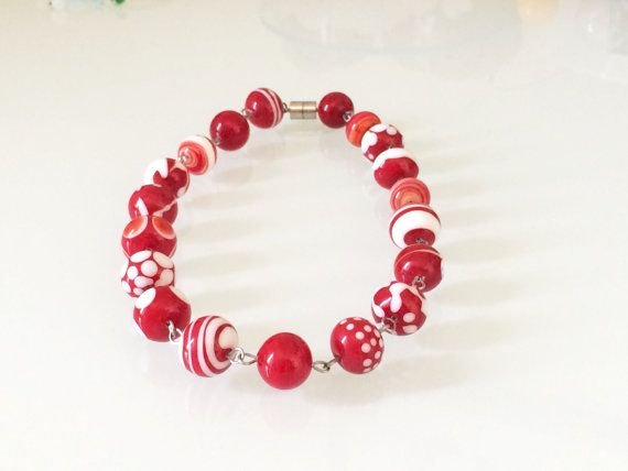 collana corta rossa e bianca con perle in vetro fatte a mano al lume by amabito #italiasmartteam #etsy