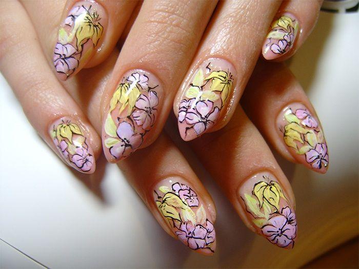 Different summer flowers. http://naildesign.beautybona.com/