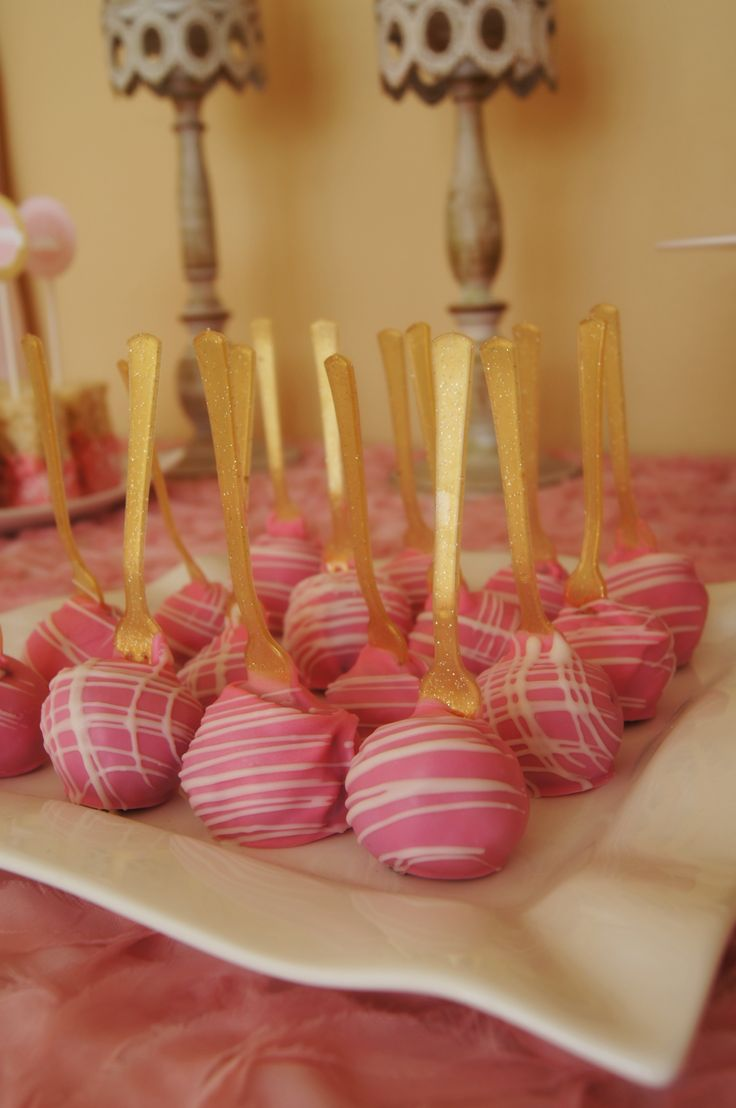 Pink and gold princess party - Oreo truffles - www.ladyslittleloves.com