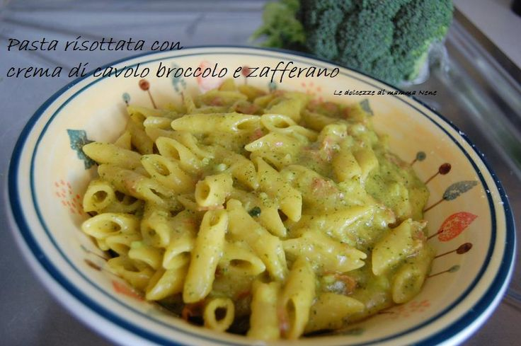 Pasta con crema di cavolo broccolo e zafferano, cotta nel Bimby, fatta risottata! Ricetta anche senza bimby...