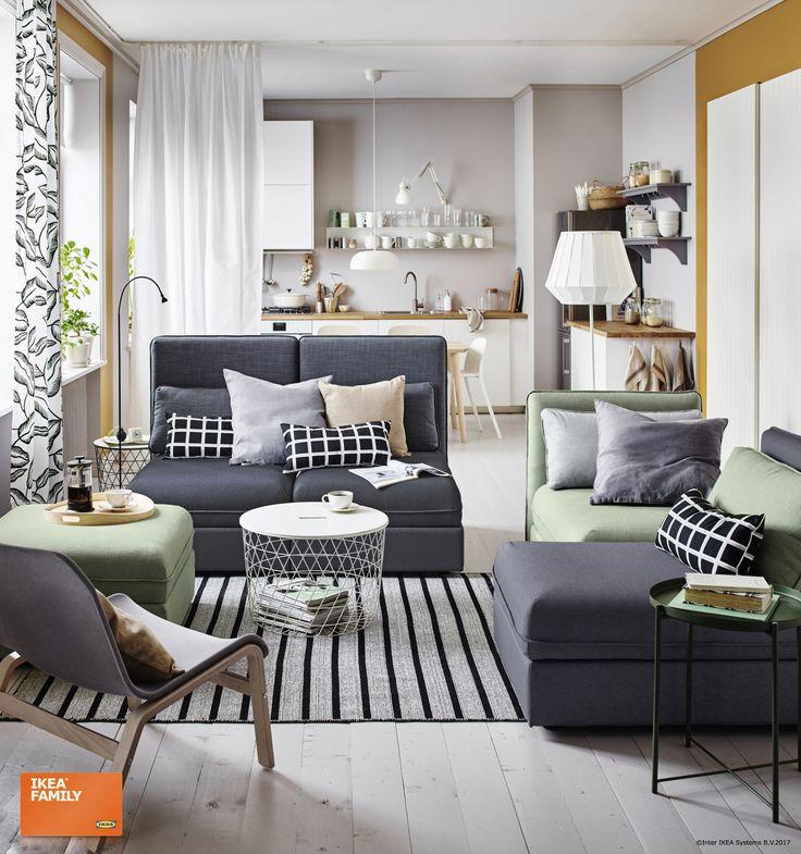 Redecorează camera de zi într-o clipită, cu ajutorul canapelei VALLENTUNA. Fie că ai nevoie de locuri diferite în care să stai sau de o canapea mare pentru oaspeți, ea poate fi adaptată nevoilor tale.  Până pe 24 decembrie, oferim reduceri de până la 20% membrilor IKEA FAMILY, la toate canapelele din gama noastră. #maimultlocpentrusarbatori  www.IKEA.ro/mai_mult_loc_pentru_sarbatori