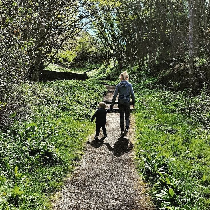 Thank you to @cookiecrumbs2007 and @notjustamumfromcumbria for the tag in..... 20 FACTS ABOUT ME! Here we go then >>> 1. My two wonderful children (pictured) have a 9 year age gap between them.  2. We moved last year from a very urban town centre to a much more rural part of the country.  3. I have 4 cats - Angelina Libbie Petal and Wispy.  4. My first ever gig was Jason Donovan at Whitley Bay Ice Rink December 1992.  5. My partner is a Specialist Radiographer for the NHS and I'm very proud…