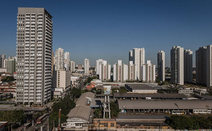 Moradores de área nobre temem 'mistura de classes' com prédio popular - 07/06/2015 - Cotidiano - Folha de S.Paulo