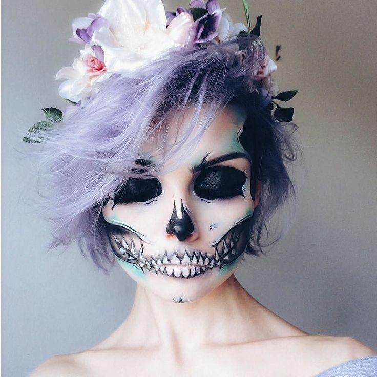 LA CREATIVIDAD ES TU MEJOR HERRAMIENTA PARA CONSEGUIR EL MAQUILLAJE PERFECTO; EXPLORA NUEVAS TENDENCIAS Y SORPRENDE A TODOS EN HALLOWEEN CON UN LOOK ESPECTACULAR. - Qué les parece este espectacular ejemplo de @beautsoup? -  -  #tumaqui #makeup #maquillaje #tips #belleza #contorno #makeuplover #makeuprevolution #labios #lipstick #iluminador #vidademaquilladora #gloss #blogger #envios #gratis #nacional #internacional #box #productos #instamakeup #base #blush #maquillador #delineador…