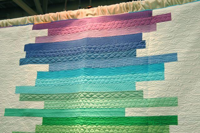 Idea: Fmq Ideas, Beautiful Quilts, Nicu Quilts, Colors Graduation, Machine Quilts, Quilts Design, Fire Quilts, Quilts Ideas, Modern Quilts