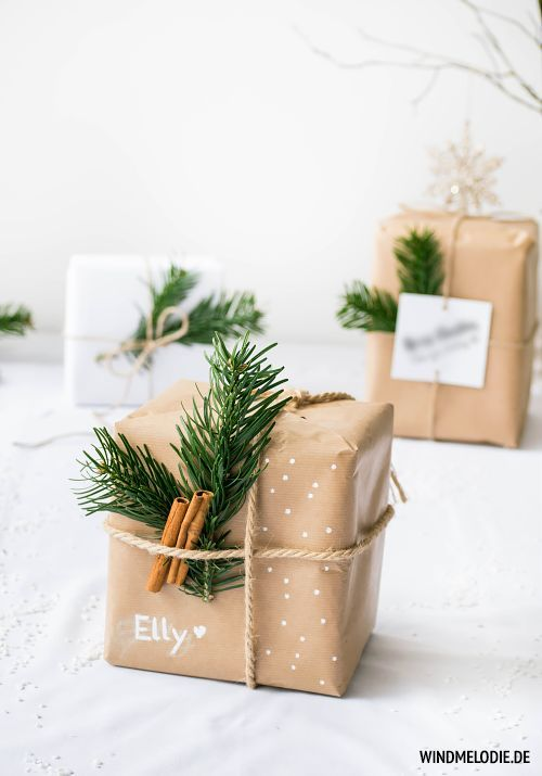 Gifts Wrapping & Package : Scandinavian christmas decoration in black and white and diy gift wrapping ideas