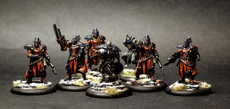 Inquisidores liderados por Hamilkar