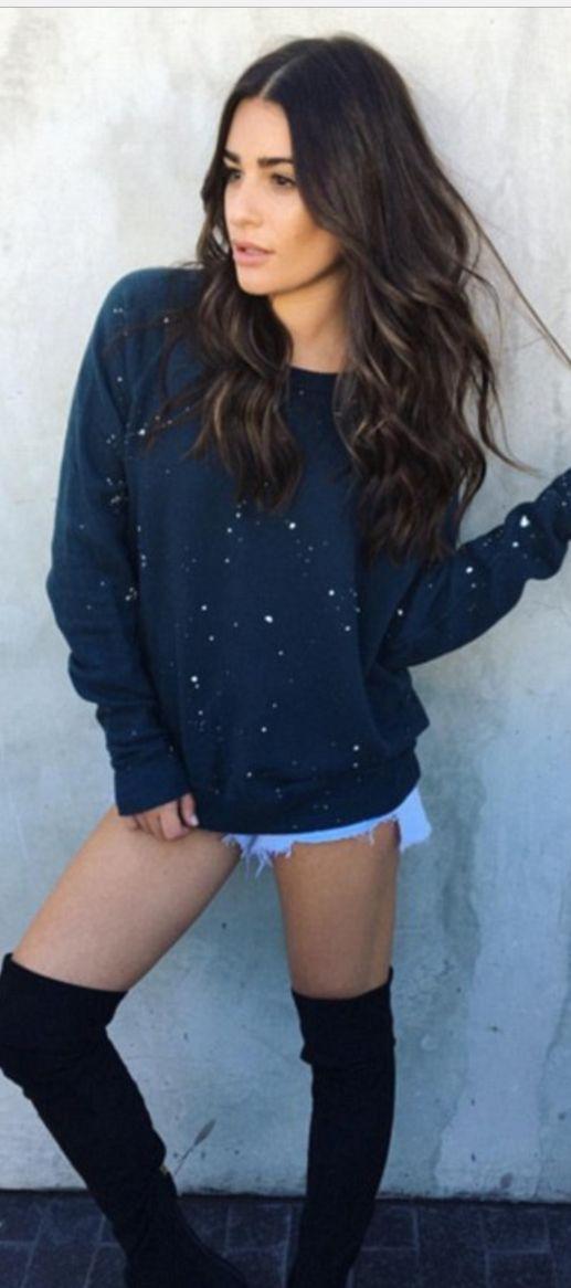 Who made Lea Michele's blue sweatshirt?