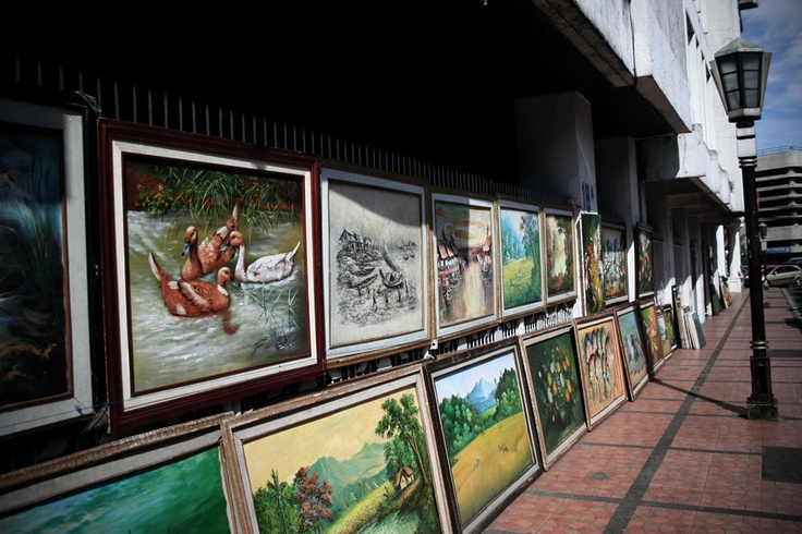 From the creative hands of Bandung, these colorful paintings decorated the sidewalks of the romantic Braga Street.