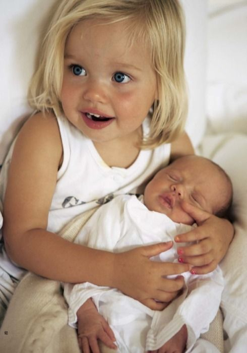 Shiloh Nouvel and Vivienne Marcheline Jolie-Pitt