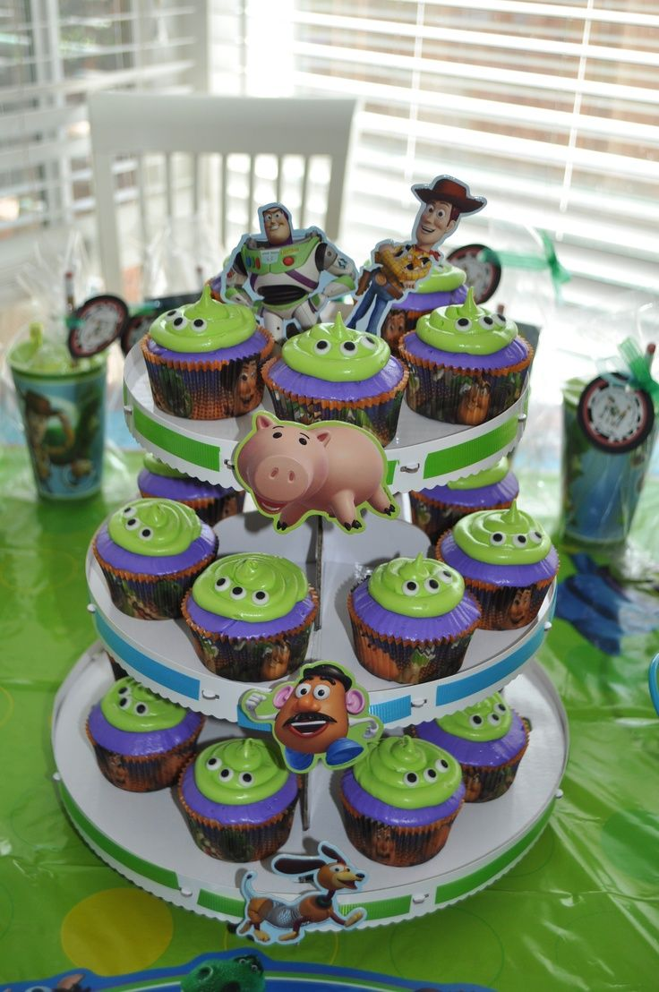 Images Of Toy Story Birthday Cakes