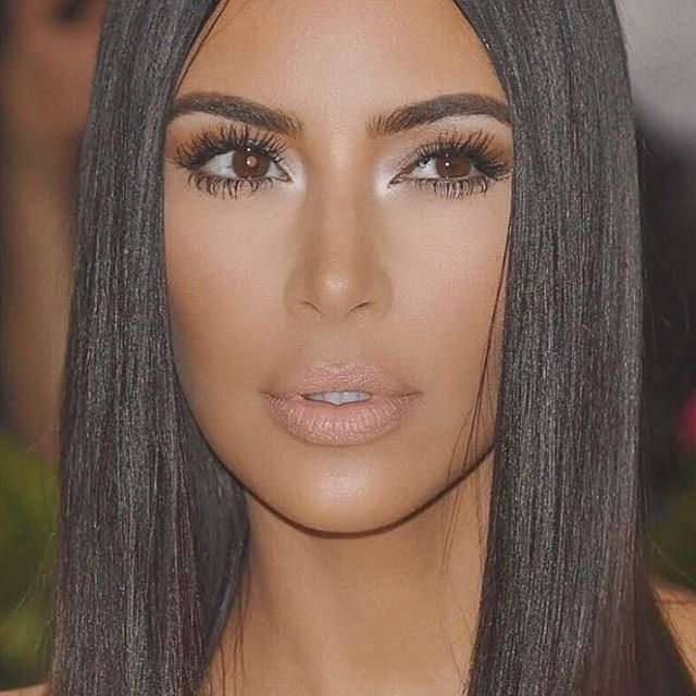 "1.3m Likes, 8,463 Comments - Kim Kardashian West (@kimkardashian) on Instagram: ""CLOSE UP"""