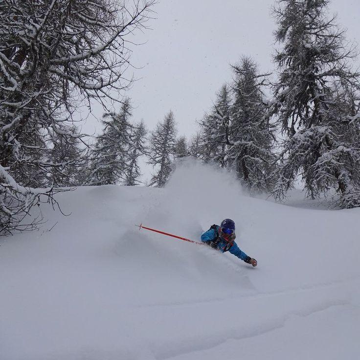 HH Ambassador @ nikolinabolvede thinks back to skiing pow!