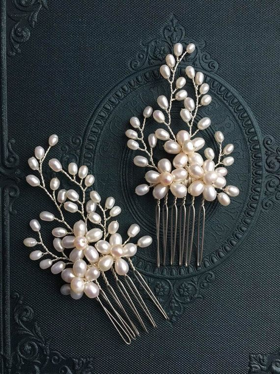 Set of Simple and elegant small size freshwater pearl bridal hair combs, bridal hair comb, wedding hair comb, bridal accessories, bridal hea