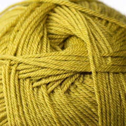 Admiral Solid | Woolarium $22.00 75% Superwash Wool 25% Nylon